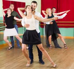 Salsa-Tanzkurse für Gruppen